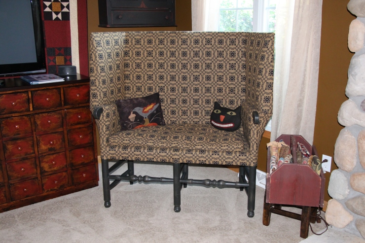 The settee...with some Needle Love fall pillows